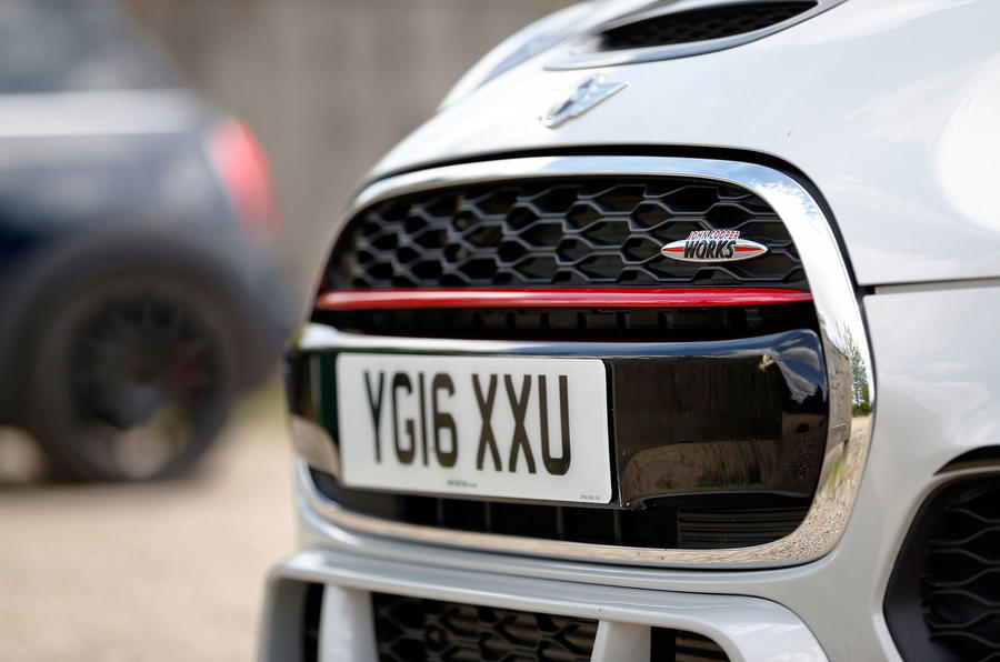 Mini JCW Challenge front grille