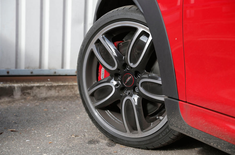 18in Mini JCW aluminium alloys