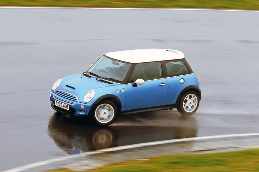 58: 2001 Mini Cooper - NEW ENTRY