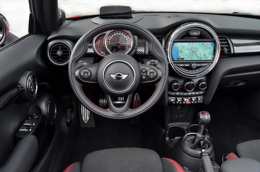 Mini JCW Convertible dashboar