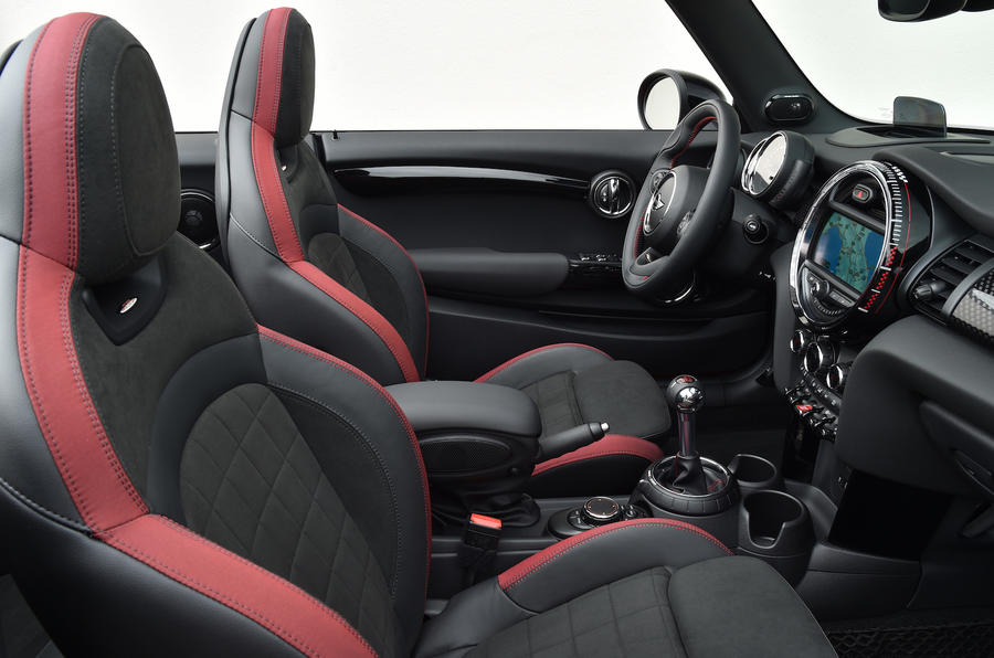 Mini JCW Convertible sport seats