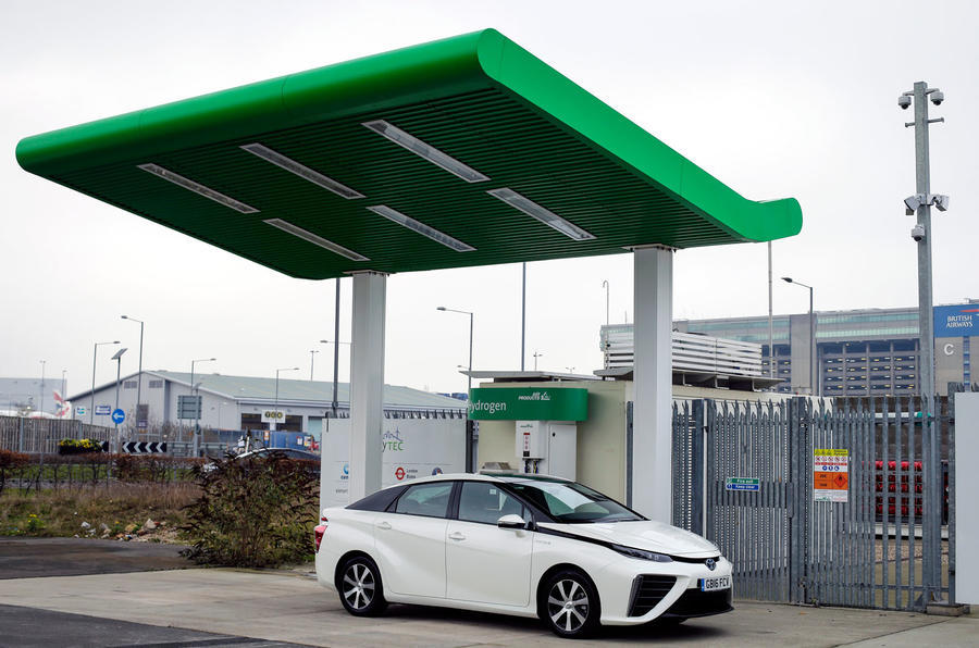 Toyota megawatt hydrogen fuel cell station to make cars carbon neutral
