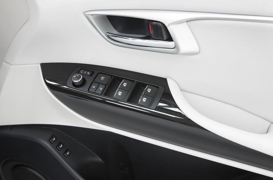 Toyota Mirai door card