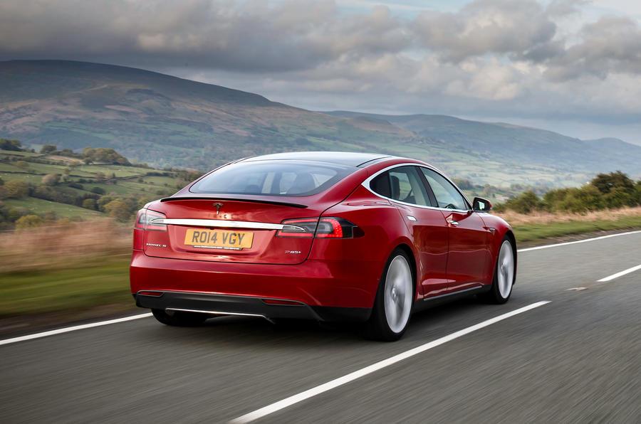 Tesla Model S 7.0 rear