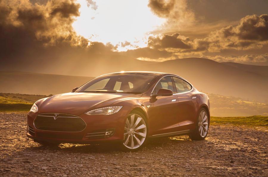 4.5 star Tesla Model S 7.0