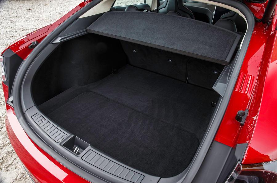 Latest Tesla Software Update >> 2015 Tesla Model S 7.0 review review | Autocar