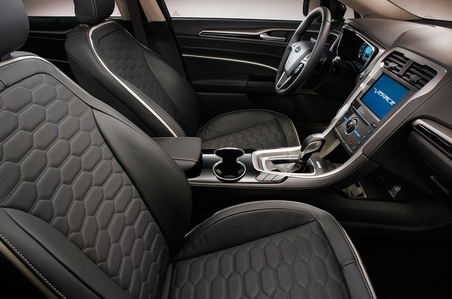 Ford Mondeo Vignale leather seats