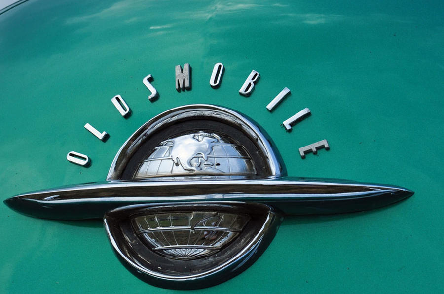 Oldsmobile badging