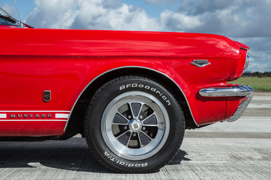 Ford Mustang wheel five generations