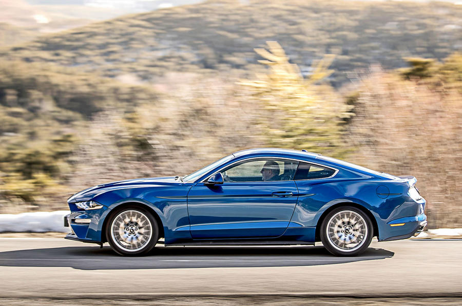 Ford Mustang 2.3 EcoBoost 2018 review profile