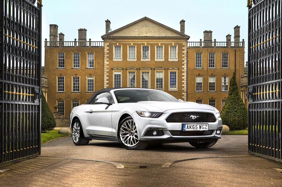 2016 Ford Mustang 5 0 V8 Gt Convertible Uk Review Review