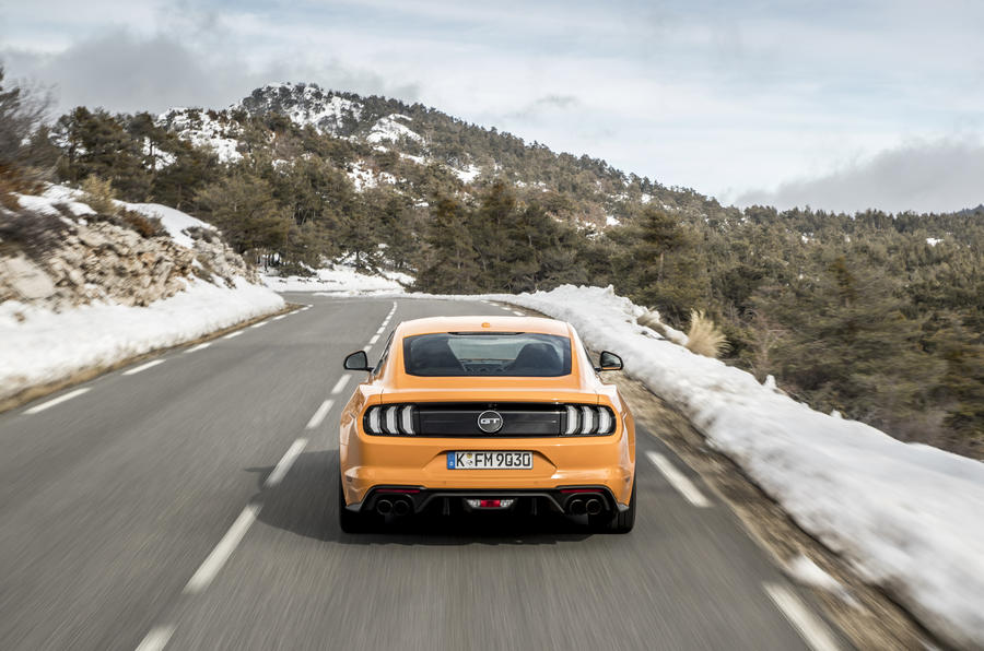 Ford Mustang Rear dynamic