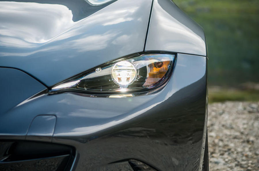 Mazda MX-5 Skyactiv-G 2.0 2018 first drive review headlights