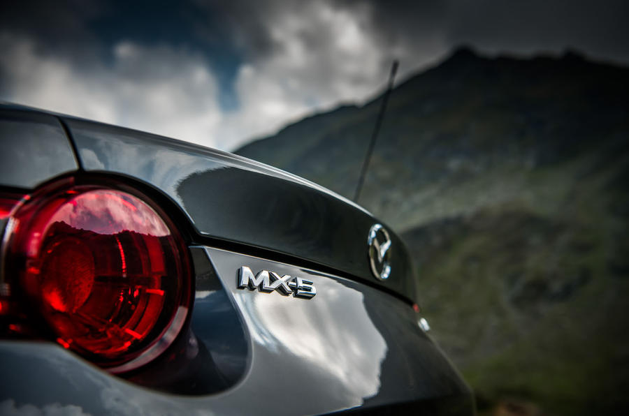 Mazda MX-5 Skyactiv-G 2.0 2018 first drive review rear lights