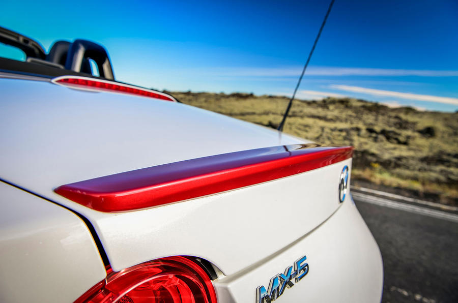 Mazda MX-5 Icon rear spoiler
