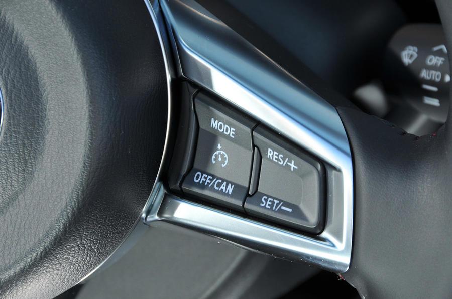 Mazda MX-5 Recaro cruise control