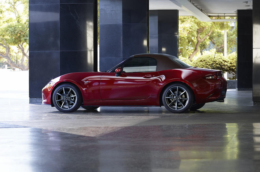 Mazda MX-5 finally debuts, rocking 181 horsepower
