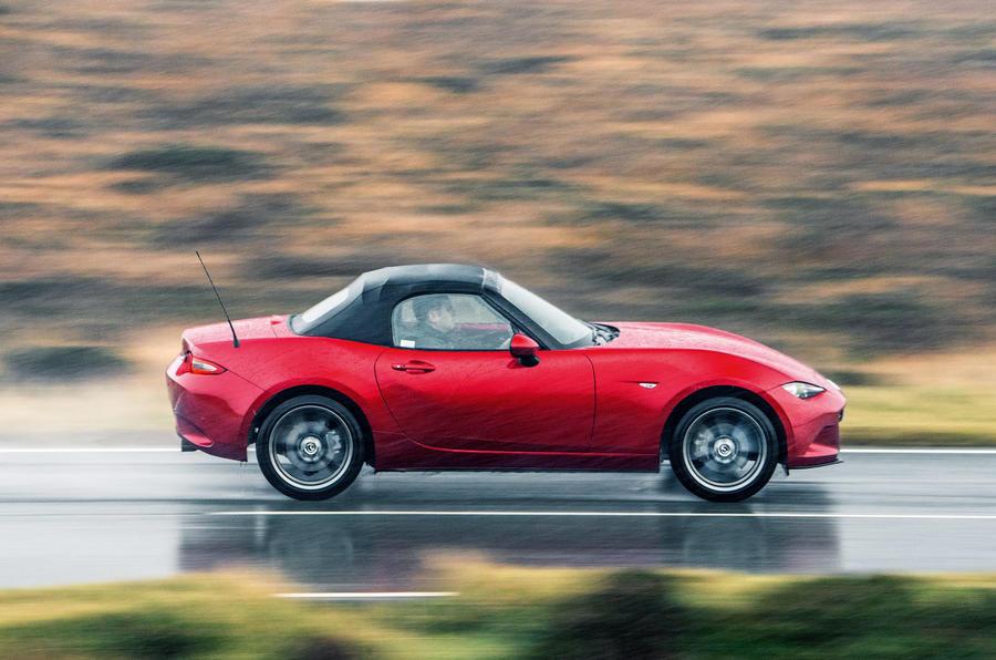 Mazda MX-5 side