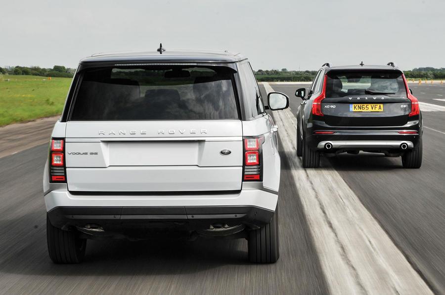 Range Rover Vs Land Rover >> Volvo Xc90 D5 Momentum Vs Range Rover Tdv6 Vogue New Vs