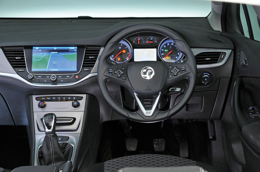 Vauxhall Astra 2015-2018 nearly new buying guide - dashboard