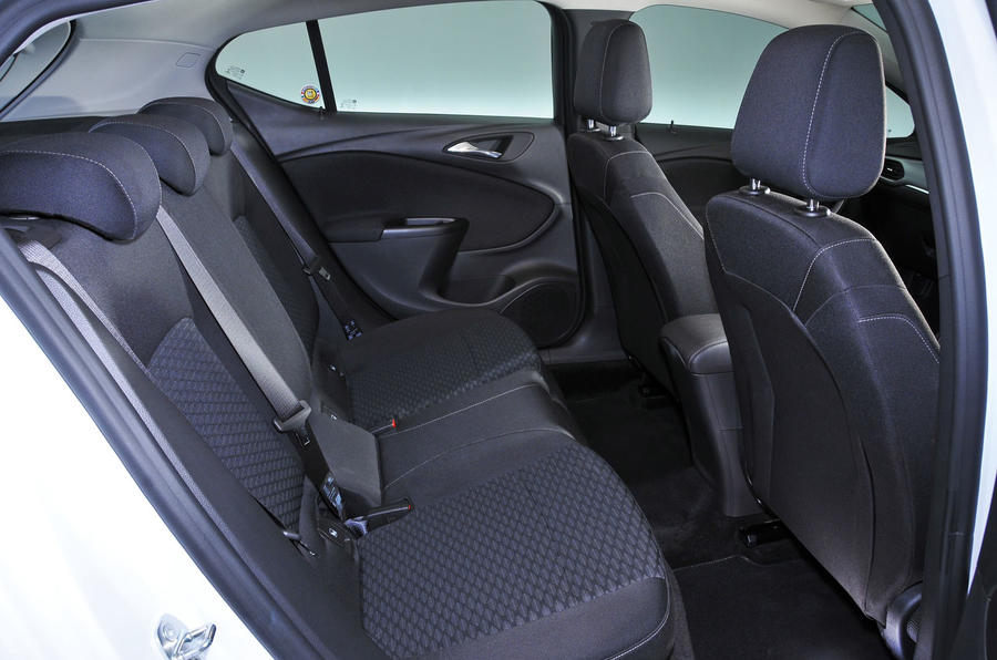 Vauxhall Astra 2015-2018 nearly new buying guide - rear seats