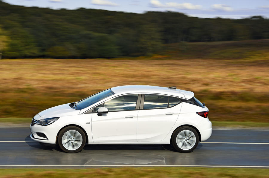 Vauxhall Astra 2015-2018 nearly new buying guide - hero side