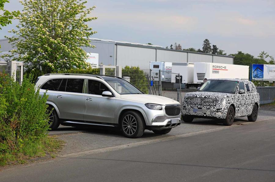 New Range Rover spyshot benchmark Mercedes