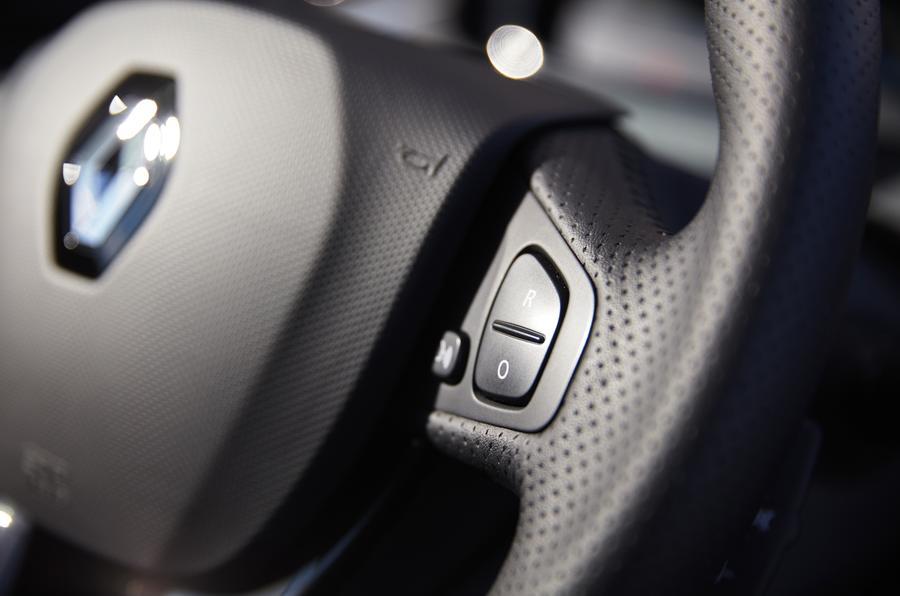 Zoe Steering wheel