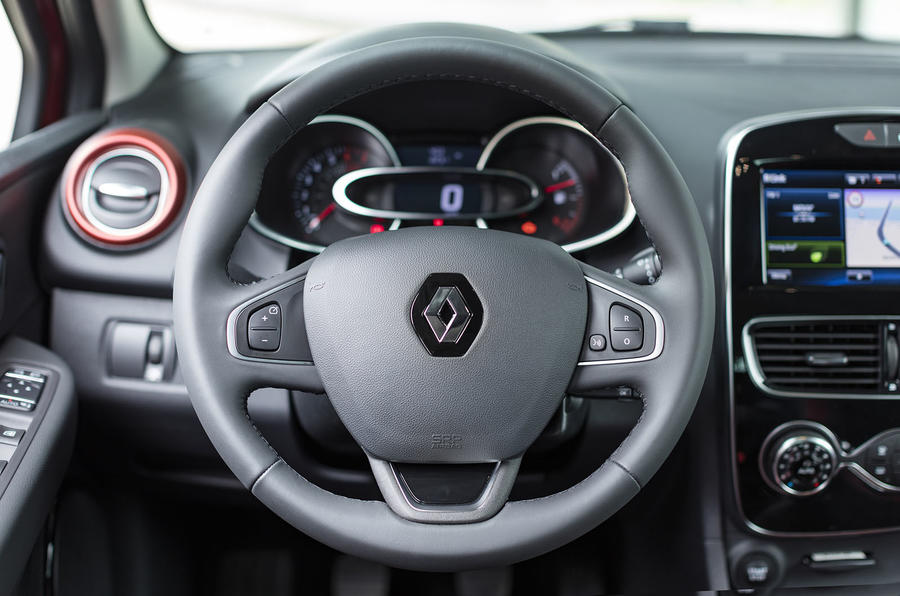 Renault Clio steering wheel