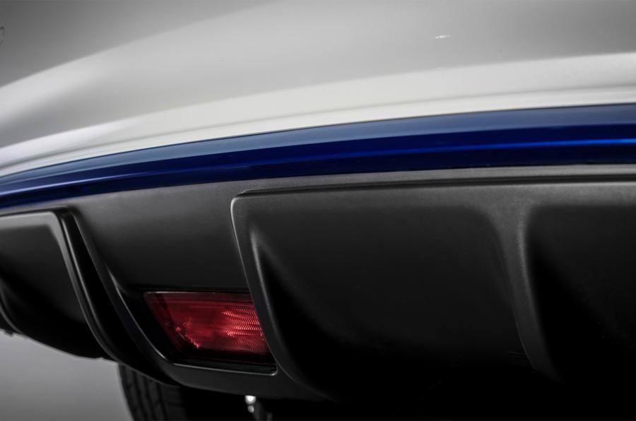 Nissan Leaf rear foglight