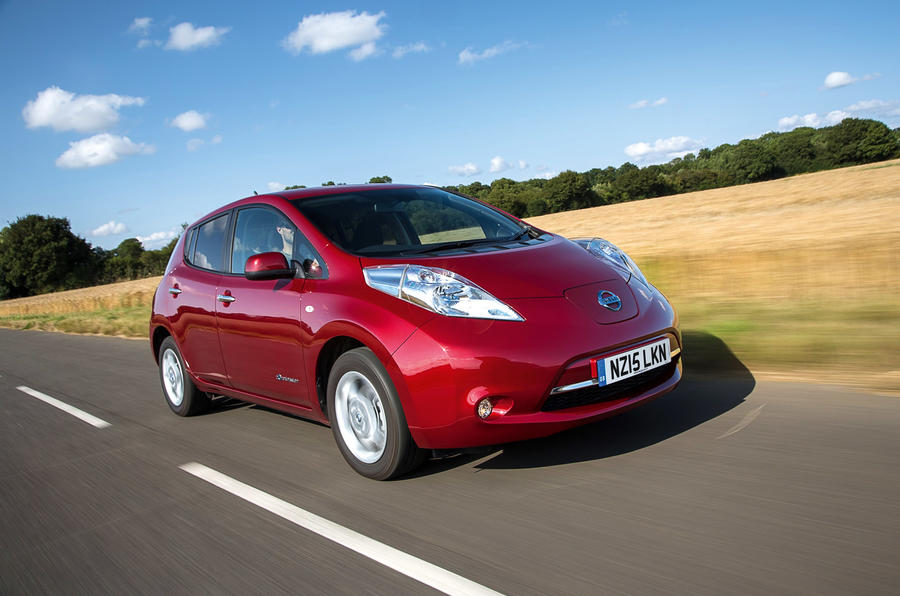 Nissan Leaf 2015 - tracking front