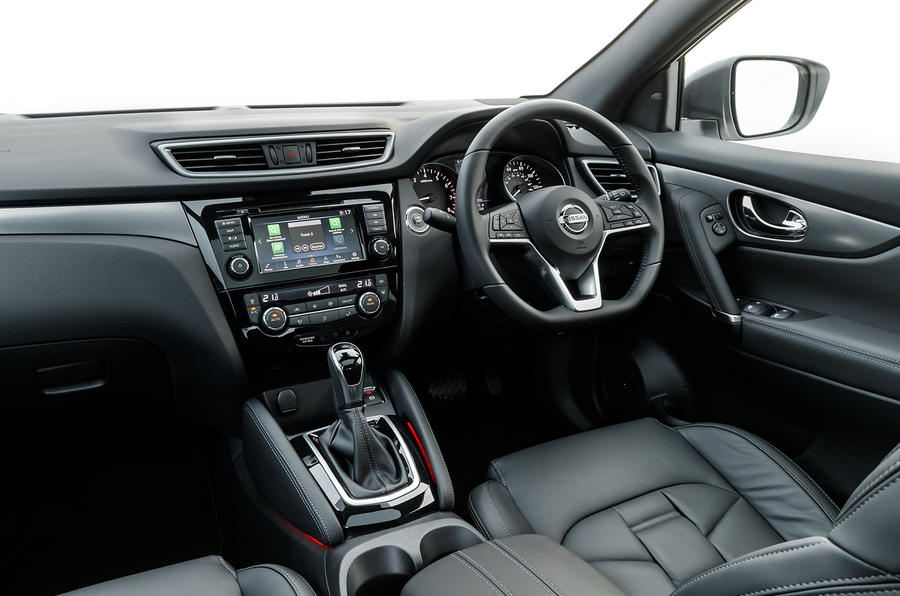 Nissan Qashqai 2018 UK first drive review - dashboard