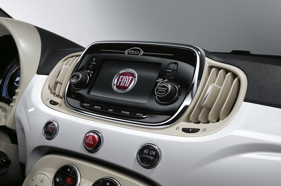 Fiat 500 infotainment system