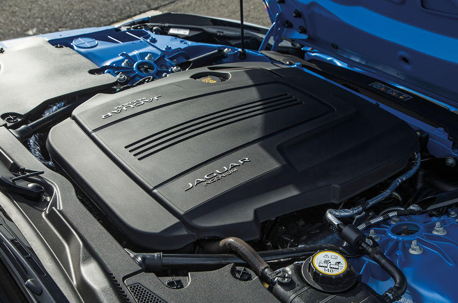 Jaguar F-Type engine