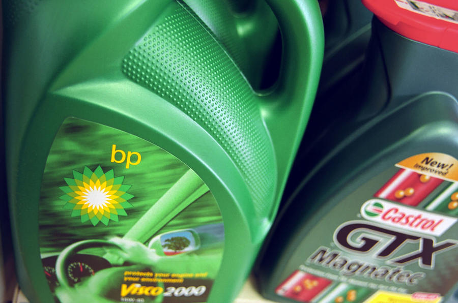 Types Of Oil For Cars >> What S The Best Oil For My Car Autocar