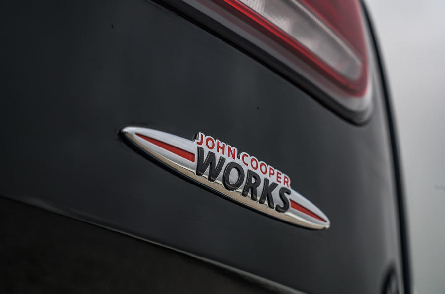 Mini rear badge