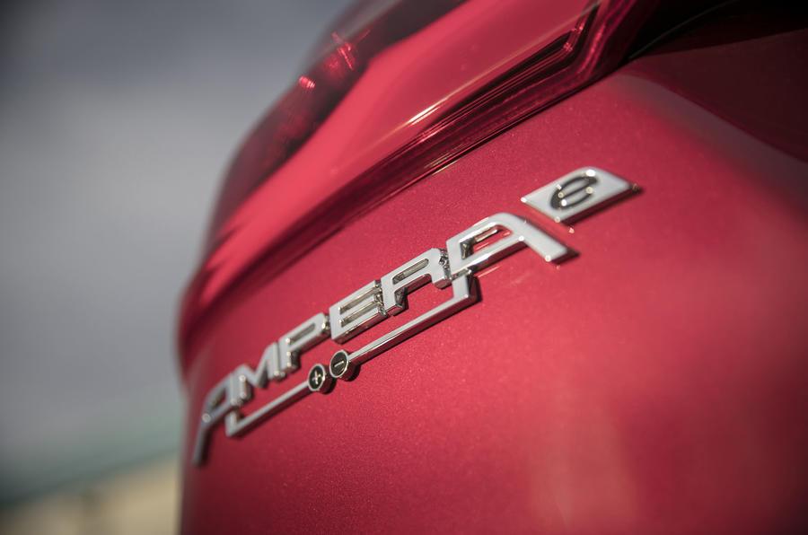 Opel Ampera-e badging