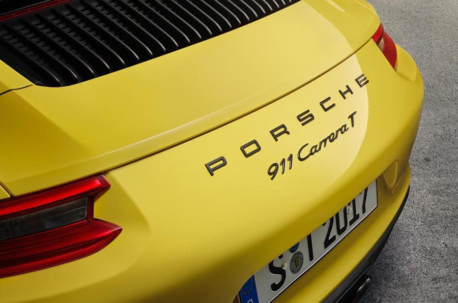 Porsche 911 Carrera T: The Lightweight 911 For Porsche Purists
