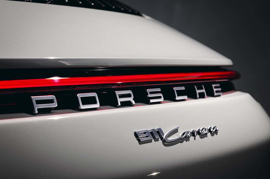 2019 Porsche 911 Carrera coupé - rear detail
