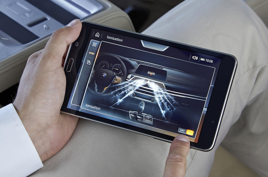 BMW 7 Series infotainment tablet