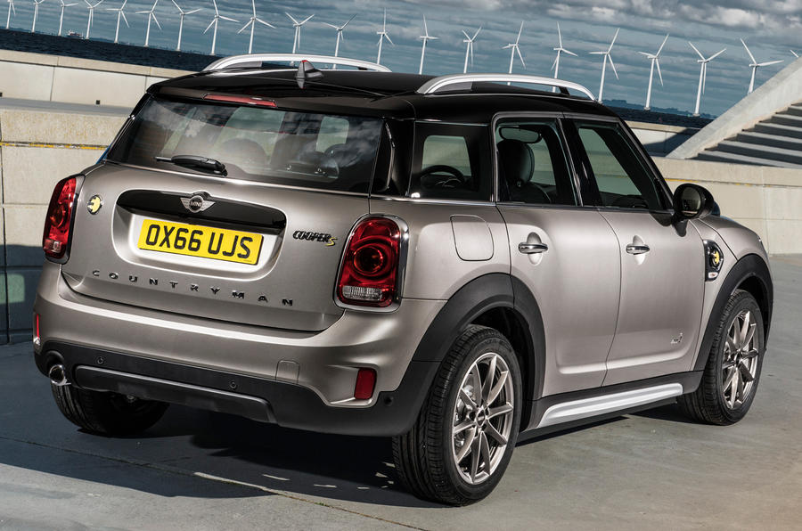 2017 mini countryman s e hybrid model on sale this june for Mini motor cars for sale