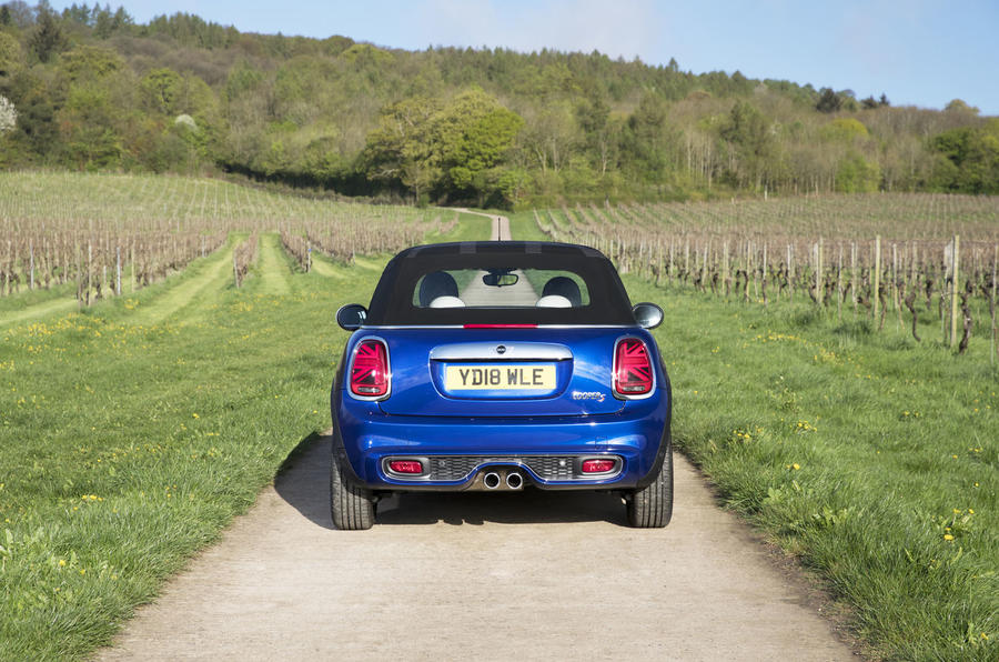 Mini Convertible 25th Anniversary launched in luxurious spec