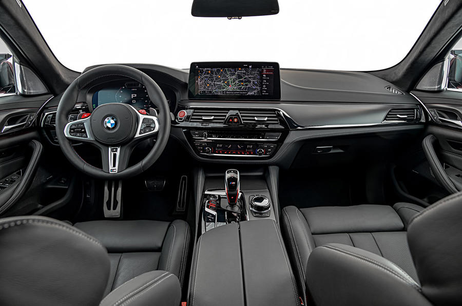 BMW M5 2020 - static dashboard