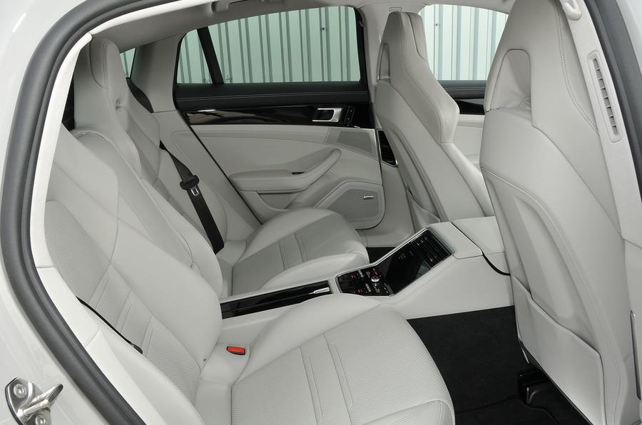 Porsche Panamera 4 E-Hybrid rear seats