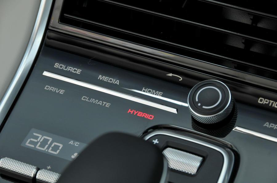 Porsche Panamera 4 E-Hybrid mode
