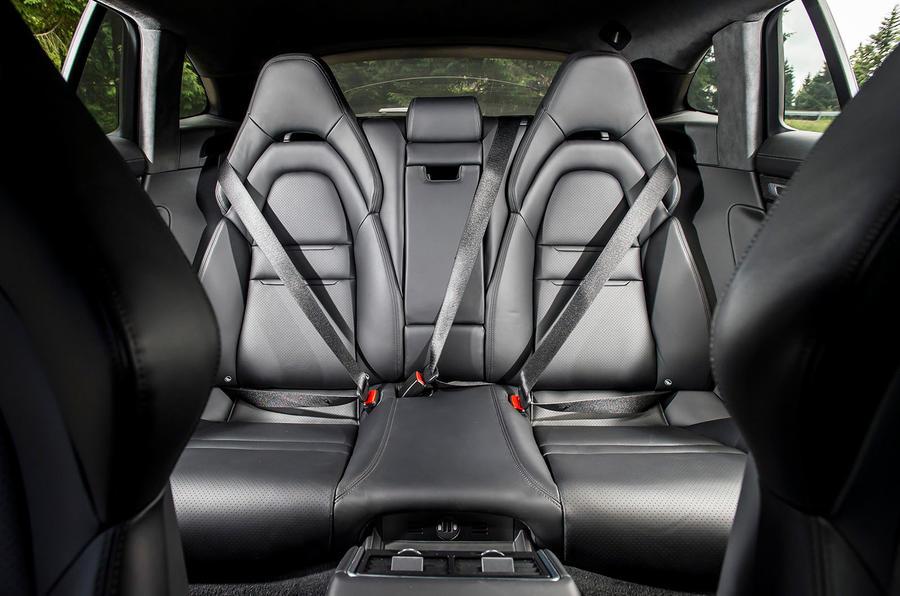 Porsche Panamera 4 E Hybrid Sport Turismo 2017 Review