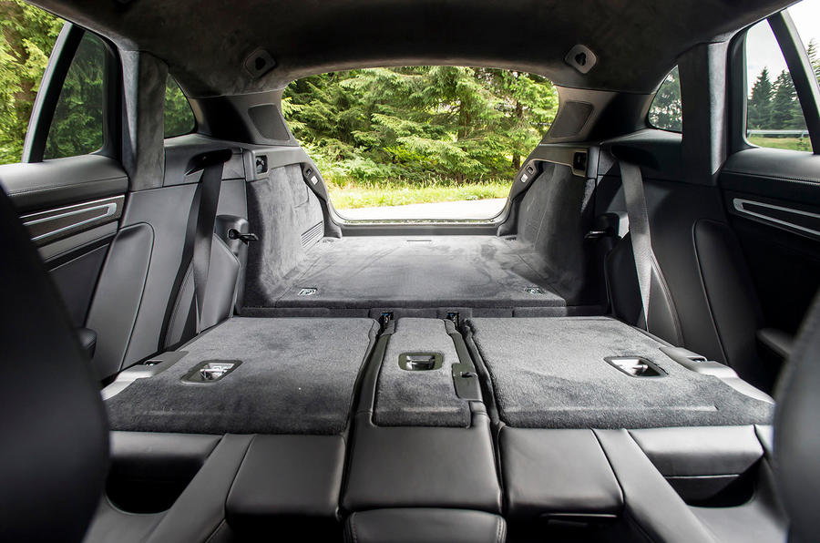 Porsche Panamera Sport Turismo extended boot space