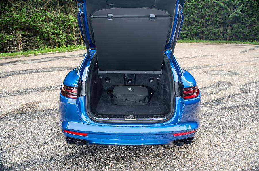 porsche panamera 4 e hybrid sport turismo 2017 review autocar