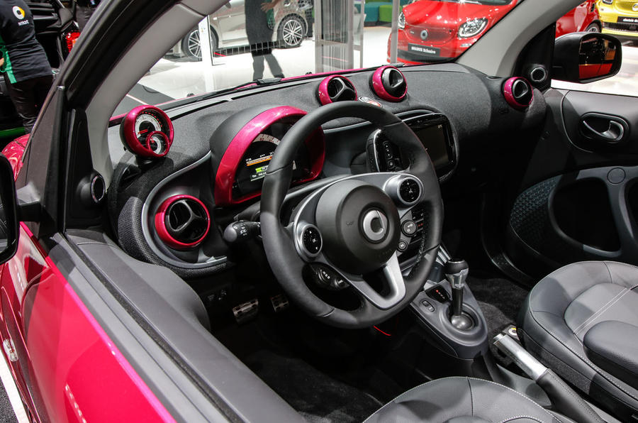 Smart Fortwo Cabrio Brabus at the Paris motor show 2016 - show report and gallery