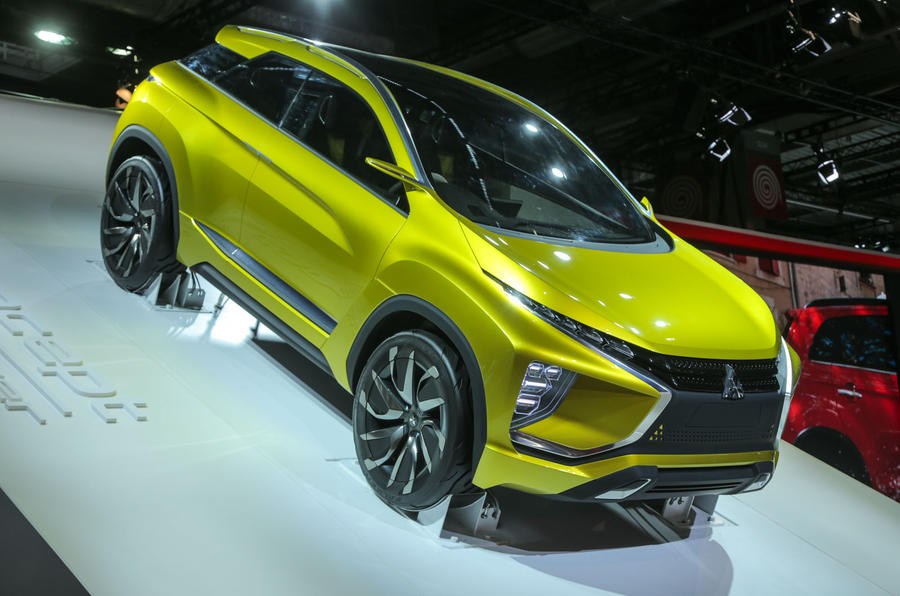 Mitsubishi eX concept at the Paris motor show 2016 - show report and gallery